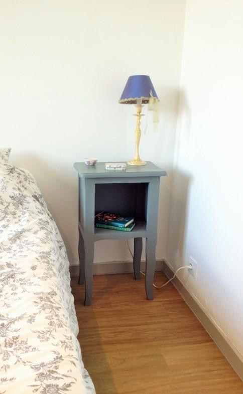 table de nuit bleu 3